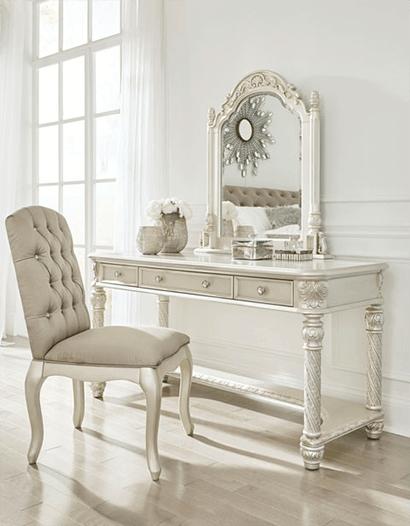 Деревянная мебель - способ создать неподвластный времени интерьер