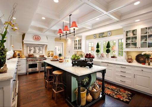 Американский стиль в интерьере кухни с островной частью
