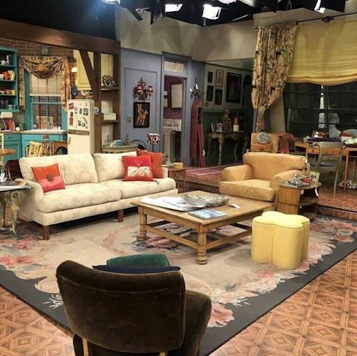 Американський дизайн квартири-студії з серіалу «Friends»