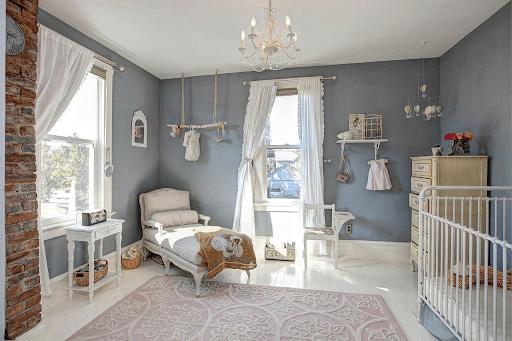 Комната для маленьких детей в американском стиле